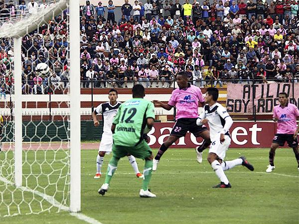 El gol de Jaime Linares encendió la ilusión del debut con triunfo en Boys, pero Pacífico soportó la presión y le empató en el Callao (Foto: Miguel Koo Vargas / DeChalaca.com)