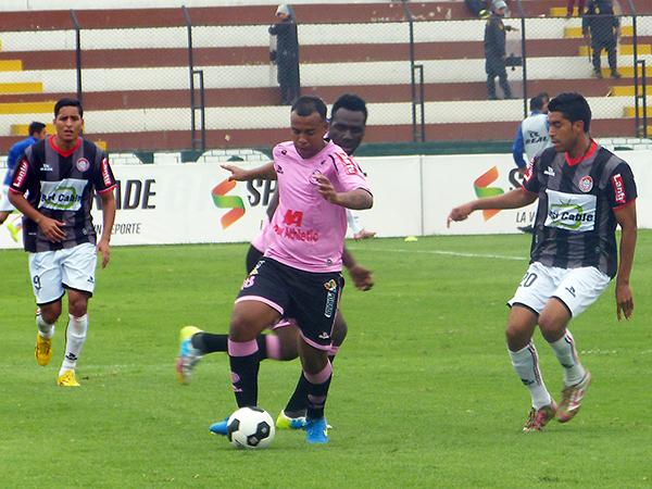 Una inyección económica siempre será necesaria para los rosados. (Foto: Aldo Ramírez / DeChalaca.com)