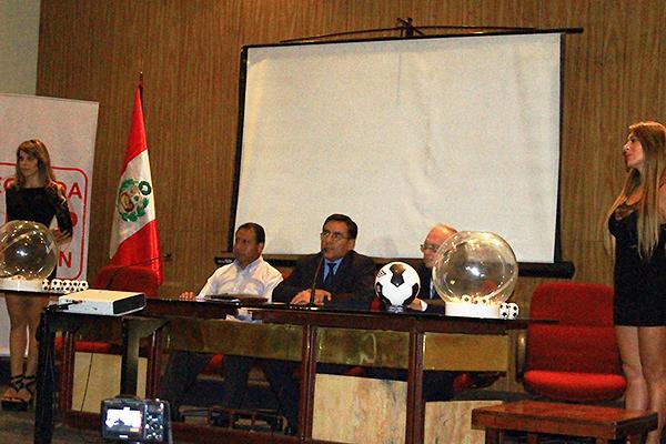 Acha y Gonzales competirán por el sillón de la ADFP-SD. (Foto: prensa ADFP-SD)