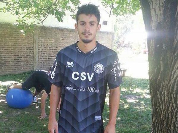 Matías Rojas es un delantero argentino que proviene del Torneo Federal B de la AFA (Foto: Prensa Sport Victoria)