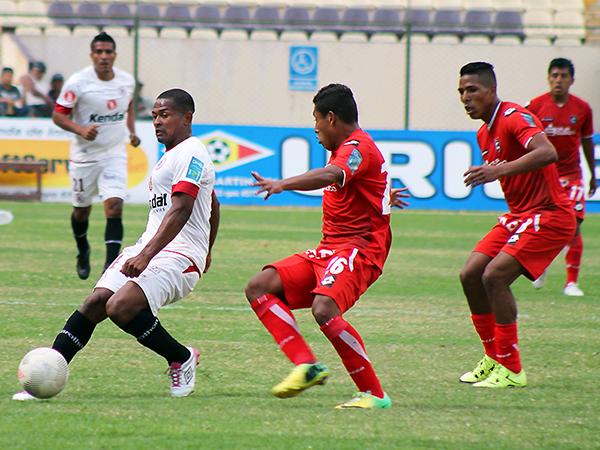 Cienciano y León, dos de los equipos que animarán la Segunda División 2016. (Foto: Mihay Rojas / DeChalaca.com)