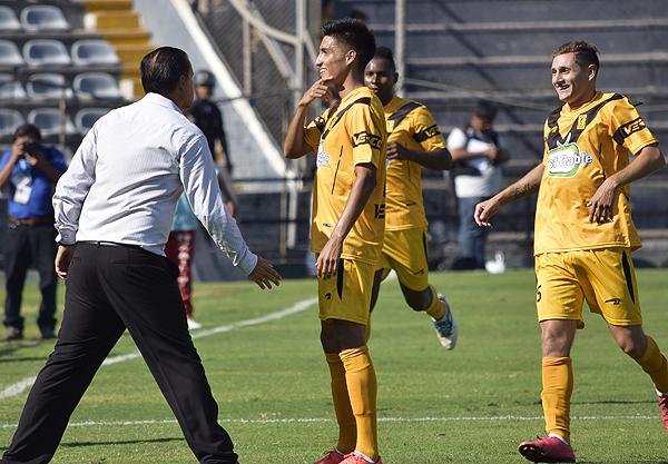 José Manzaneda fue la figura excluyente de Cantolao. Lideró en goles y asistencias al equipo aurinegro. (Foto: Pedro Monteverde / DeChalaca.com)
