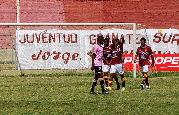 Torino aun sueña con quedarse en la Segunda División y está a la espera de una decisión de parte de la FPF