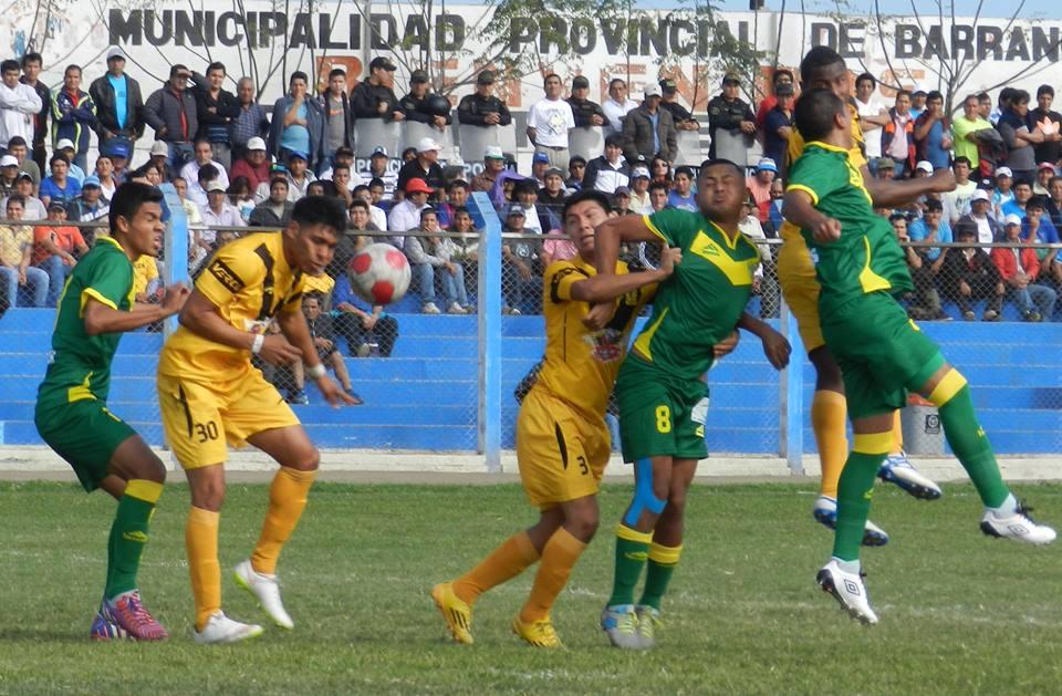 Empezó a crecer la expectativa en Barranca por Cantolao. (Foto: Mario Azabache / DeChalaca.com)