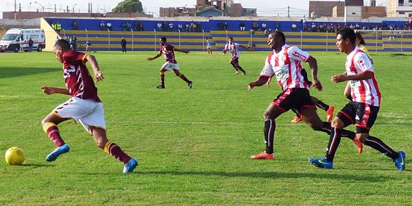 Torino salió a defenderse, pero por el trámite pudo sacar una victoria de Huaral. (Foto: Georgina Carlos)