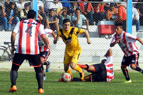 El Manuel Tello Dávila tuvo un marco de público superior al de otras fechas. (Foto: Mario Azabache / DeChalaca.com)