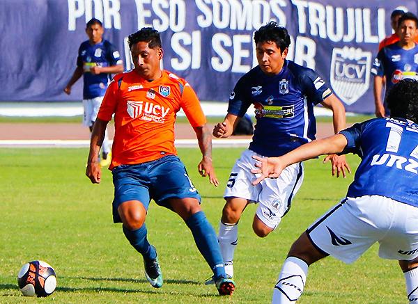 La Vallejo pasó por encima a Alfredo Salinas y ve de muy cerca el retorno a Primera. (Foto: prensa Vallejo)