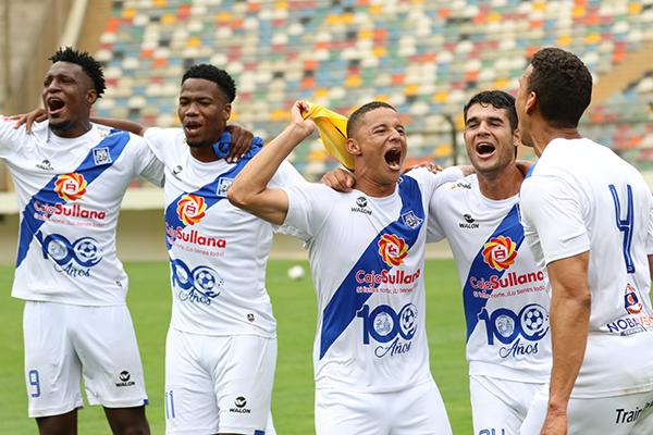 La armada colombiana formada por Perlaza, Córdoba y Lugo dirigió a Alianza Atlético al retorno a la máxima categoría. (Foto: Pedro Monteverde / DeChalaca.com)