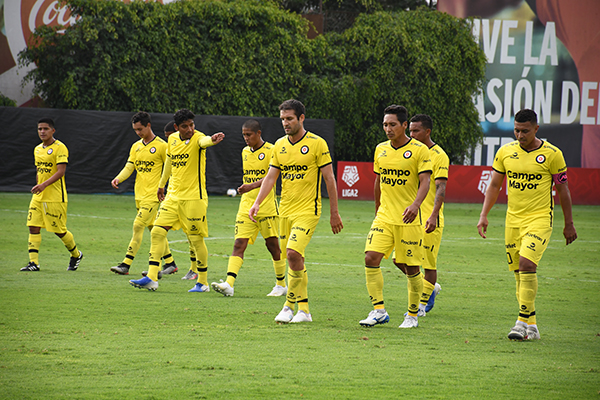 Desde el inicio de temporada, Coopsol empezó caminando por la ruta errada. (Foto: Julio Aricoché / DeChalaca.com)