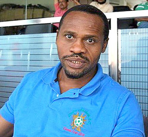 Al nigeriano Emeka Ezeugo se lo recuerda en el Perú más por asuntos fuera de fútbol que por lo poco que hizo en las canchas (Foto: kolkatafootball.com)