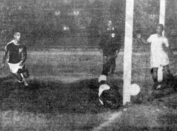 Lara - Univeristario en 1966. (Recorte: diario La Crónica)