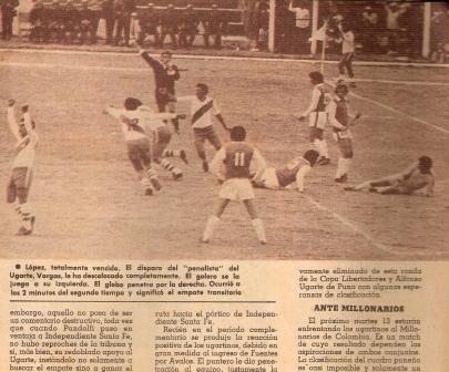 Abril de 1976: Vargas marca de penal el empate para Ugarte en el triunfo 2-1 de los puneños sobre Independiente Santa Fe en el Torres Belón por Copa Libertadores (Recorte: Otro Gol, Nº 18 p. 7)