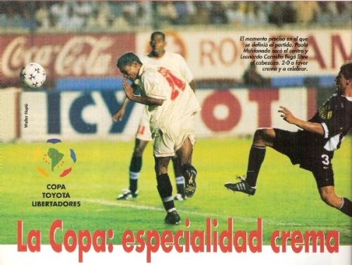 Leonardo Cornelio anota su segundo tanto personal ante Colo-Colo por la Copa Libertadores de 1999. Es el único brasileño que ha marcado más de una vez con camiseta crema en el torneo continental (Recorte: revista Don Balón Perú)