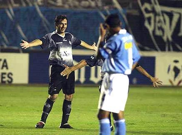 Juan Carlos Franco sorprendió a todos en el Nacional con su gol cuando apenas había comenzado el partido (Foto: AP)