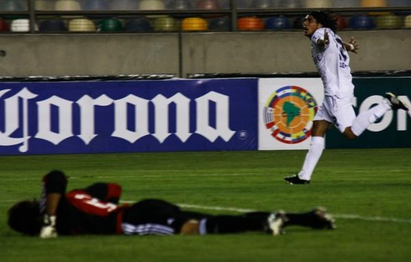 Gol de Gonzalo Ludueña en el triunfo de la San Martín sobre River en 2009 (Foto: archivo DeChalaca.com)