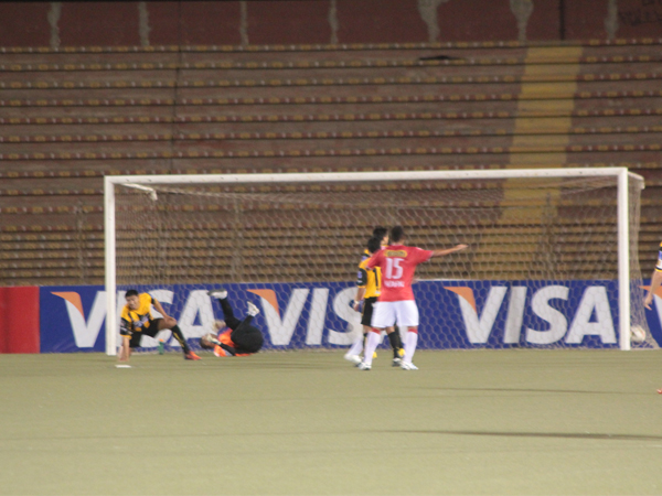 LA JOYITA. Javier Araújo hizo un buen partido y regaló un buen gol tras un centro de Willian Chiroque. (Foto: diario La Industria de Chiclayo)