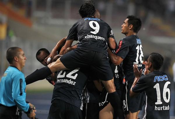 Un momento muy esperado en Alianza por fin se pudo dar: el del primer triunfo oficial del año (Foto: AFP)