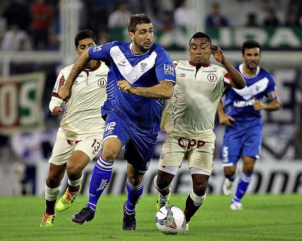 Vélez superó con relativa facilidad a los integrantes de su grupo y accedió a octavos (Foto: EFE)