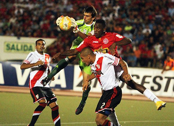 River Plate demostró su diferencia de nivel con Juan Aurich. Sin embargo, el cuadro chiclayano tuvo sus posibilidades para salir ganador (Foto: diario La Industria de Chiclayo)