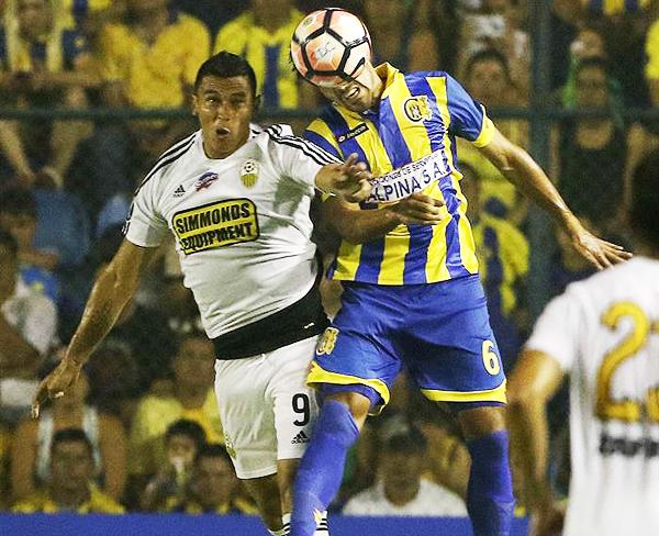 En Capiatá, Diego Gavilán cambió drásticamente el plantel. (Foto: EFE)
