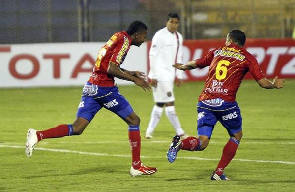 El segundo gol del Pasto anotado por Luis Murillo prácticamente cerró las esperanza de un Melgar que ofreció poca respuesta (Foto: NotiFutbolWeb)