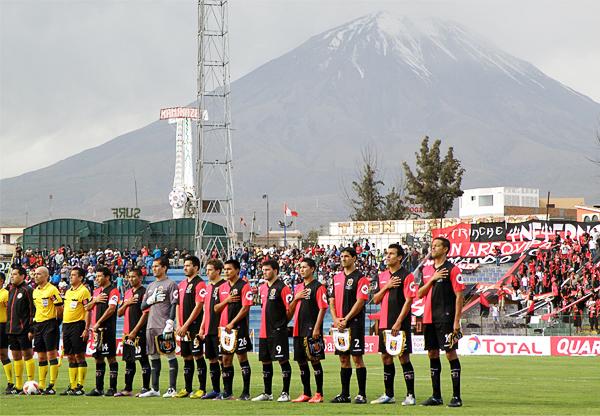FBC Melgar ha programado por años sus partidos en un estadio al que siempre se le cambió el nombre (Foto: Iván Carpio / DeChalaca.com)