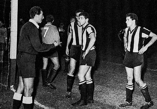 Yamasaki fue el designado para las tres finales entre Peñarol e Independiente en 1965. (Foto: Conmebol)