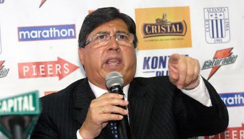 Guillermo Alarcón, cada vez más inefable y desubicado con sus declaraciones (Foto: Reuters)
