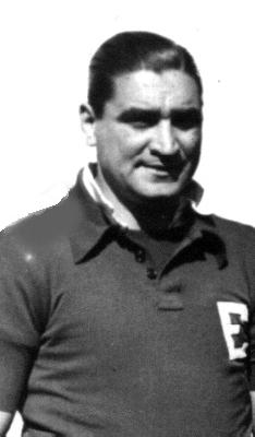 José Cuesta Silva, el técnico de Universitario que en su momento tuvo que dar su brazo a torcer alineando a 'Lolo' (Foto: museodesanlorenzo.com.ar)