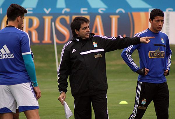 Claudio Vivas va por su revancha como entrenador de Sporting Cristal (Foto: Prensa Sporting Cristal).