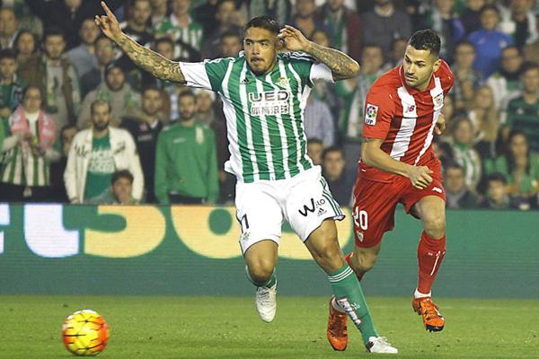 Vargas se quedó sin equipo en el segundo semestre. (Foto: AFP)
