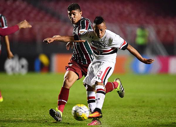 Tras la Copa América, Cueva pasó de Toluca a Sao Paulo. (Foto: Gazzeta Press)
