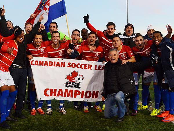 David Alva, con el Toronto Croatia, se consagró campeón en Canadá. (Foto: CSL)