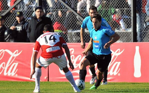 Alejandro Hohberg encontró un buen lugar para jugar en el Torque, equipo con el que ganó protagonismo en el fútbol uruguayo (Foto: Facebook)