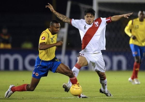 COLOMBIA 1 - PERÚ 1. Vargas fue importante para el buen empate 1-1 en 'El Campín' que cerró los amistosos de 2010. (Foto: AFP)