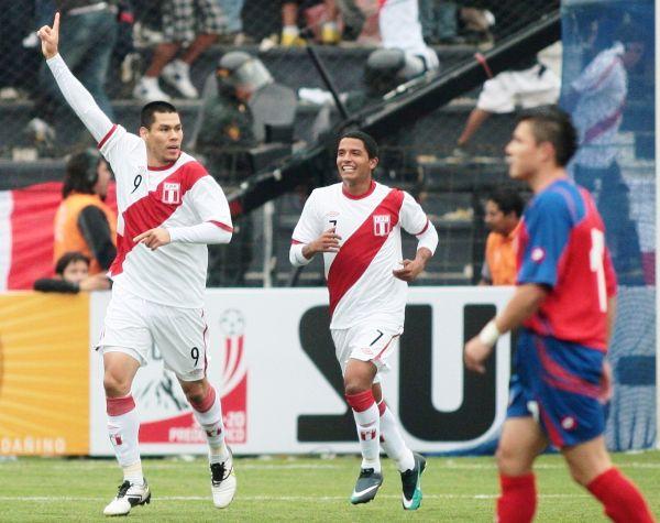 PERÚ 2 - COSTA RICA 0. En el único amistoso disputado en casa, Rengifo hizo celebrar desde temprano ante Costa Rica en Matute. (Foto: ANDINA)