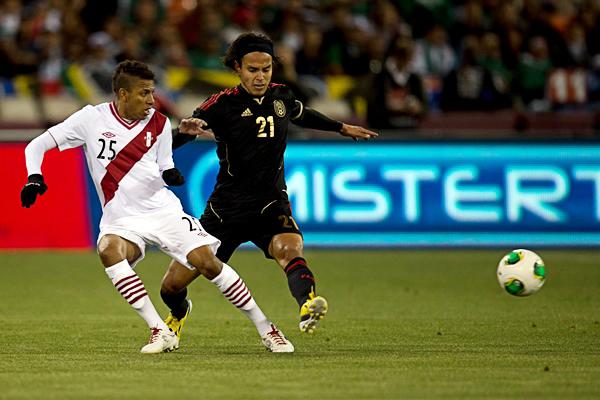 Edwuin Gómez disputó tres encuentros con la selección previo a este llamado. (Foto: Mexsport)