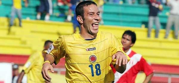 Luis Gabriel Rey luego de anotarle a Perú en 2005 jugando por Colombia durante las Eliminatorias (Foto: Colprensa)