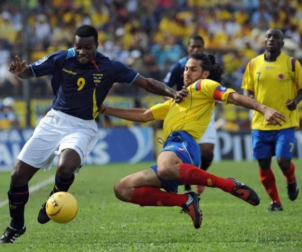 TODAVÍA PODEMOS. Colombia asegura de local y no pierde las esperanzas mundialistas (Foto: AFP)