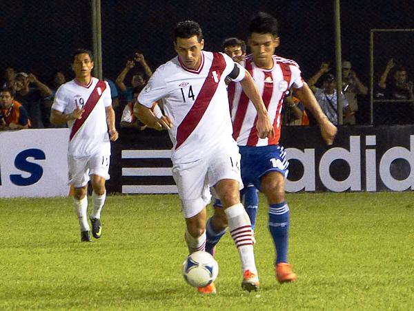 Claudio Pizarro tiene frente a sí un 2013 que bien podría ser su última chance de llevar adelante a la selección peruana con sus goles (Foto: Aldo Ramírez / DeChalaca.com)