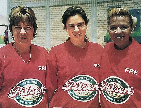 Marcia Montero, Lorena Bosmans y Susana Quintana formaron parte de la delegación femenina. (Recorte: Deporte Total)