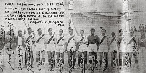 Los once jugadores de la selección peruana que escribieron historia con el 9-1 a Ecuador (Recorte: diario La Crónica)