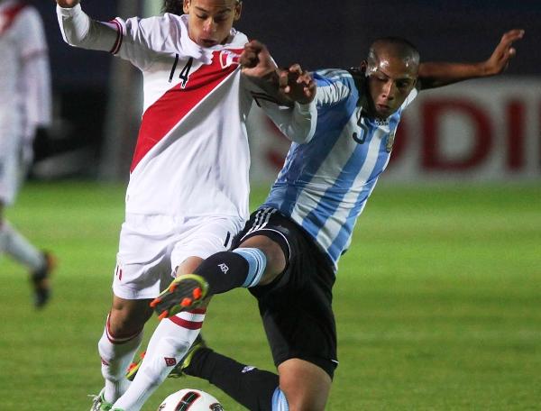 NO BASTA CON 10. Cristian Benavente entró faltando 10', pero no pudo cambiar la historia. (Foto: El Comercio de Quito)