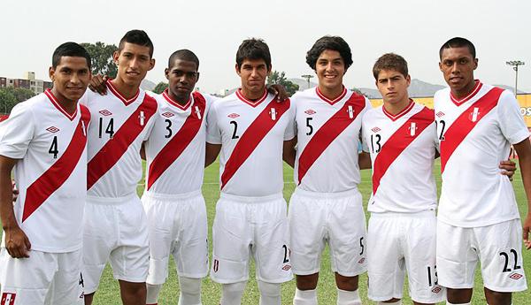 César Hernández, Camilo Jiménez, Luis Rivas, Luis Abram, Francisco Duclós, Diego Zurek y Junior Morales (Foto: Prensa FPF)