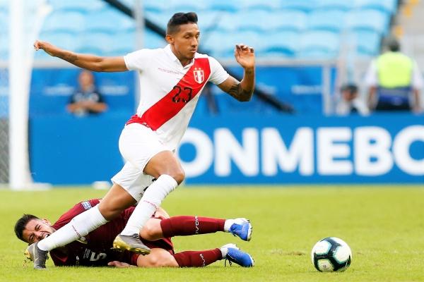Christofer Gonzales volvió a la blanquirroja por todo lo alto y acabó el año como pieza clave para Gareca. (Foto: Prensa Copa América)