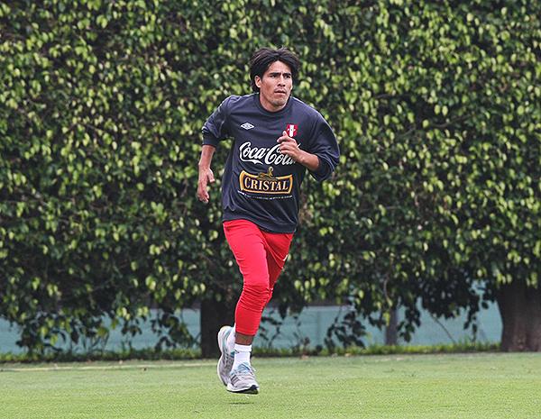 Edwin Retamoso llegó a formar parte de la selección peruana. Sin embargo, a su querida Abancay todavía le falta experimentar el privilegio de un club en Primera. (Foto: Andina)