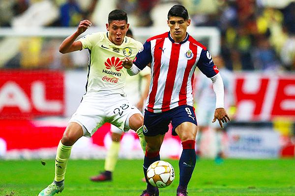 América y Guadalajara, dos caminos distintos en la temporada. (Foto: AFP)