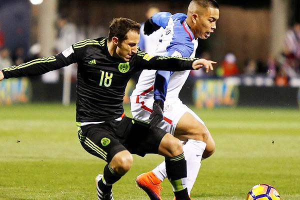 México logró una victoria de visita ante Estados Unidos en la apertura del Hexagonal Final. (Foto: AFP)