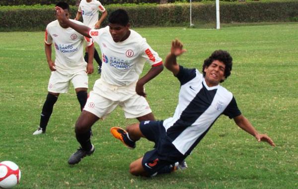 Contra lo que se piensa, la 'U' y Alianza no participan en este torneo or invitación. Ambos accedieron a este torneo al ocpuar los dos primeros lugares de la Copa Federación Sub-18 (Foto: lanueve.com.pe)