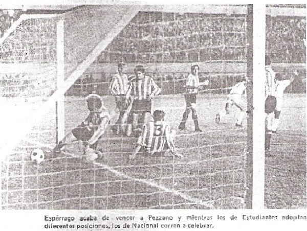 Víctor Espárrago anota el tanto definitivo que selló el 2-0 en el arco del golero pincharrata Pezzano (Recorte: diario La Crónica)